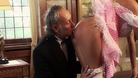 Must Not Fap but How? with Alice in Wonderland XXX Parody Old man & MILF